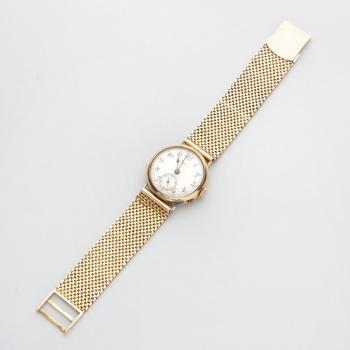 abaaf2f2c1f8 Reloj de caballero marca Longine en oro amarillo caja y pulsera con esfera  blanca y números árabes.Cuerda. Peso  58 grs. (con maquinaria)