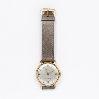 84c8deaf784b Reloj de caballero marca Halcón en oro amarillo. Cuerda. Estado de marcha.