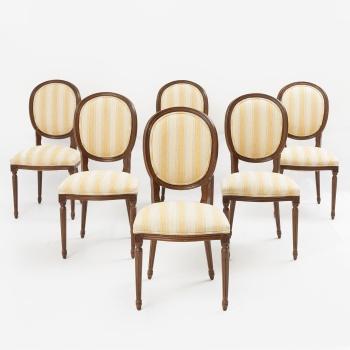 Conjunto de 6 sillas de comedor en madera de guinea tallada con decoración  vegetal. Estilo Luis XVI. bb51cdd1bdc