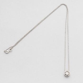 59654be1283e Cadena y colgante en oro blanco con 1 diamante talla brillante con un peso  total de 0